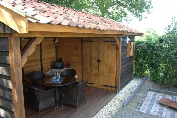 Stijlvolle eikenhouten bijgebouw met veranda/tuinkamer. - Hardenberg ...